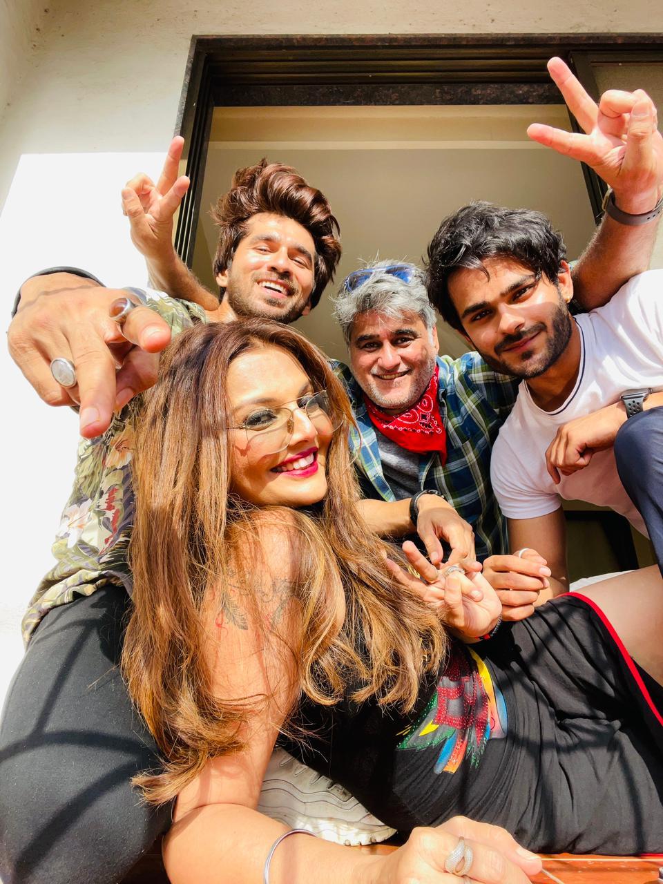 Jeevansh Chadha with co stars
